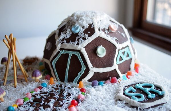 Build your own geodesic dome gingerbread house