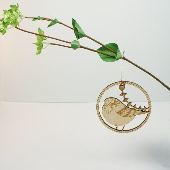 kirsty-baynham-laser-engraved-bird-ornament
